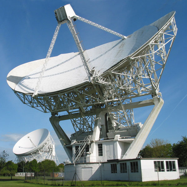 The Lovell and Mark II Telescopes at Jodrell Bank working together as part of the e-MERLIN network.