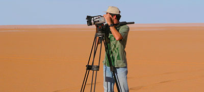 Sebastian Lüning filming in southern Libya